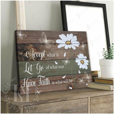 Daisy And Butterfly Rustic Wood Canvas Photo